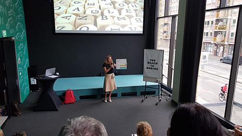 De Bibliotheek Kamer : De bibliotheek en communitybuilding u moqub s bibliotheek van dingen